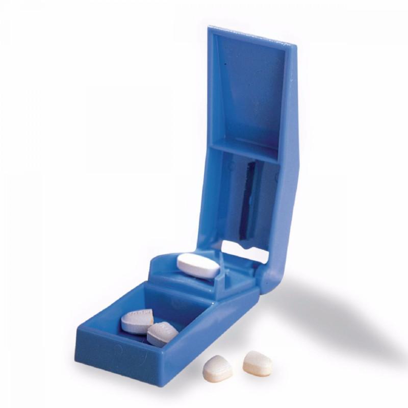 Taietor si cutiuta de medicamente